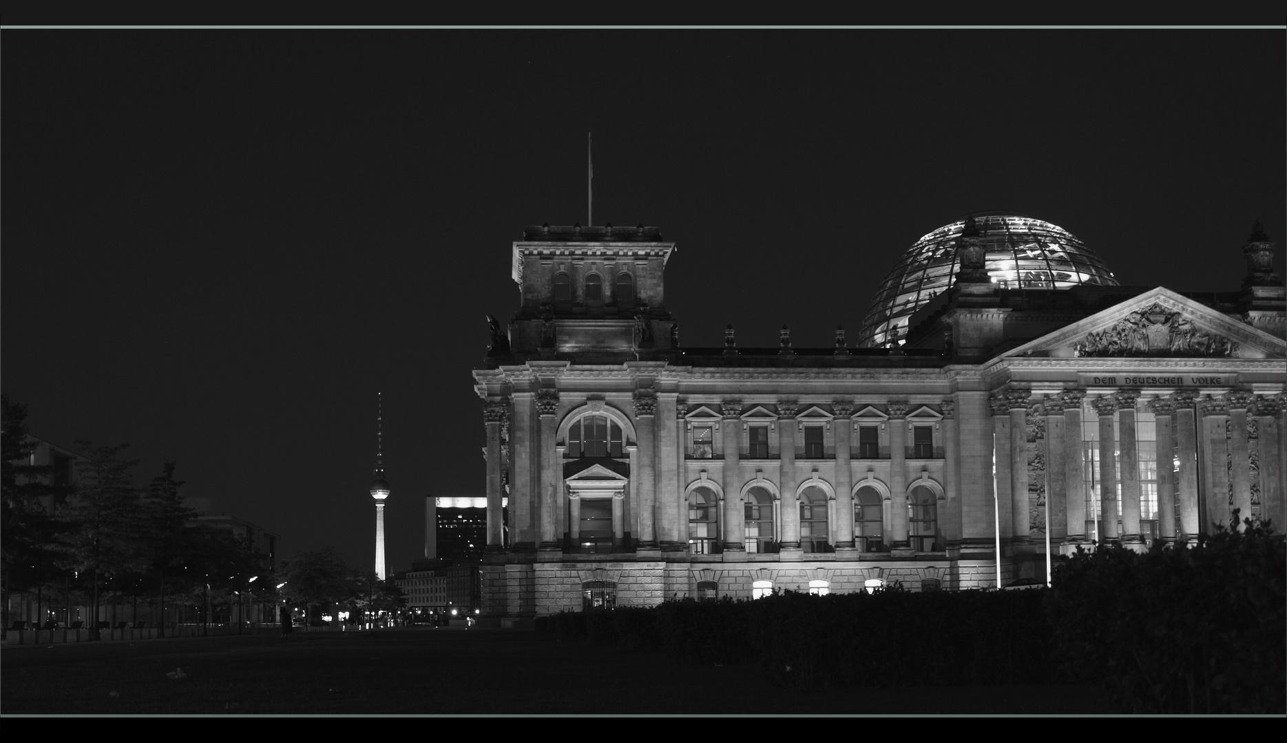 *Berlin Mitte @ night*