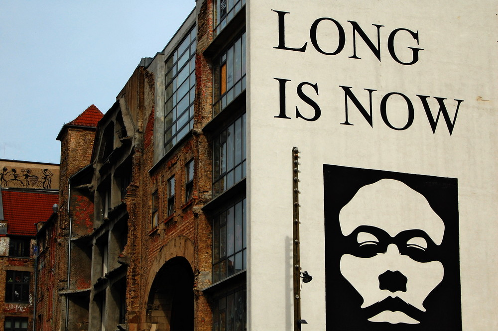 Berlin - Oranienburger Strasse - How long is now?