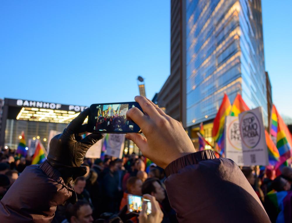 Berlin, Potsdamer Platz Februar 2014: Stop Homophobia