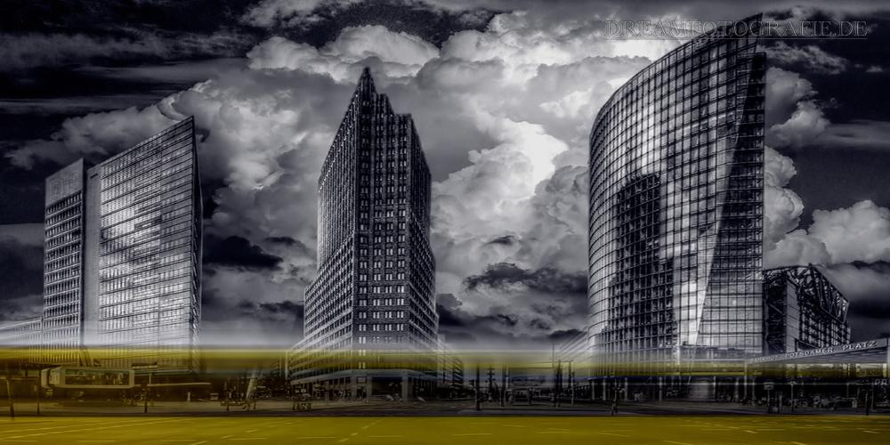 BERLIN POTSDAMER PLATZ HDR & COLORKEY