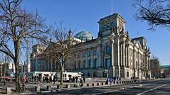 BERLIN   - Reichstag -