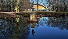 BERLIN - Schwangere Auster -