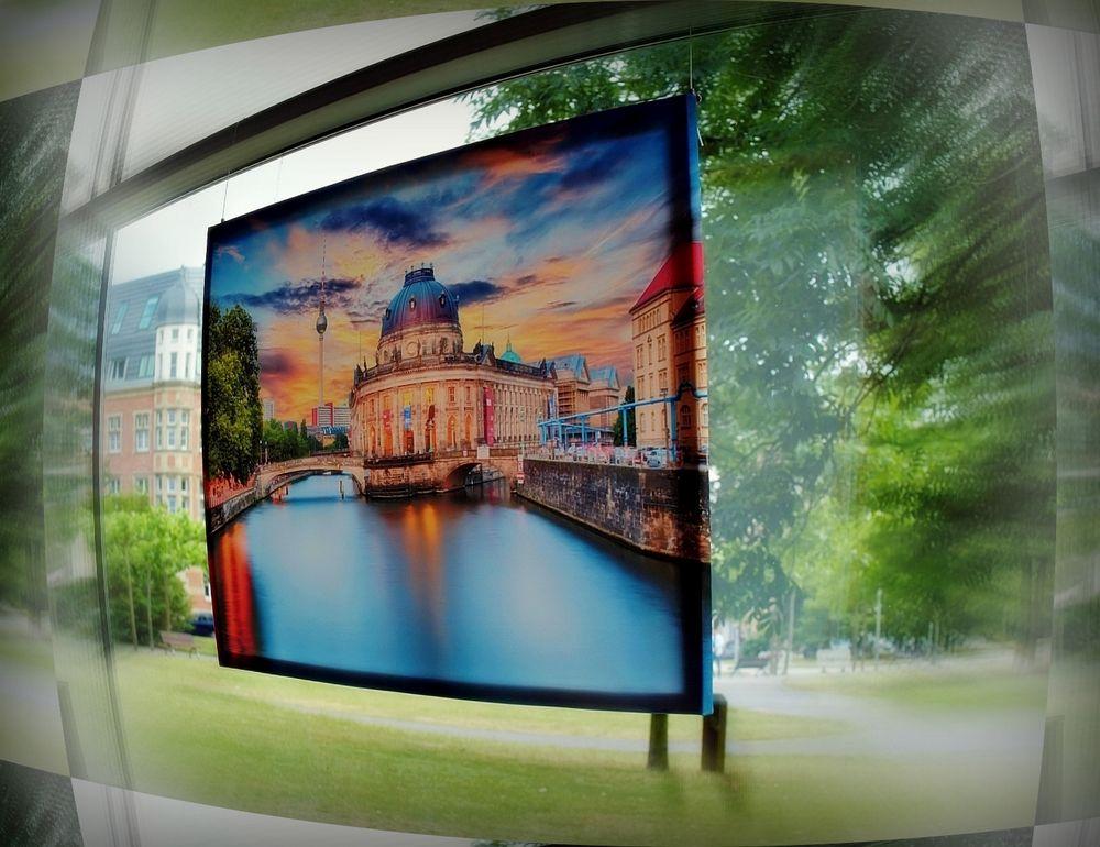 """BERLIN VISIT DÜSSELDORF"""