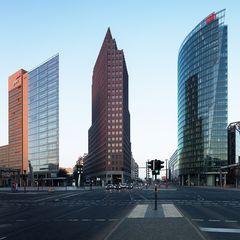 Berlin@24mm - Die Ampel ist grün ...