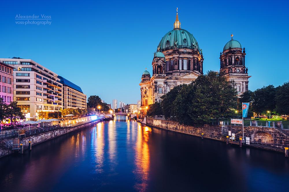 Berliner Dom / Blaue Stunde an der Spree