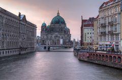 Berliner Dom im März II