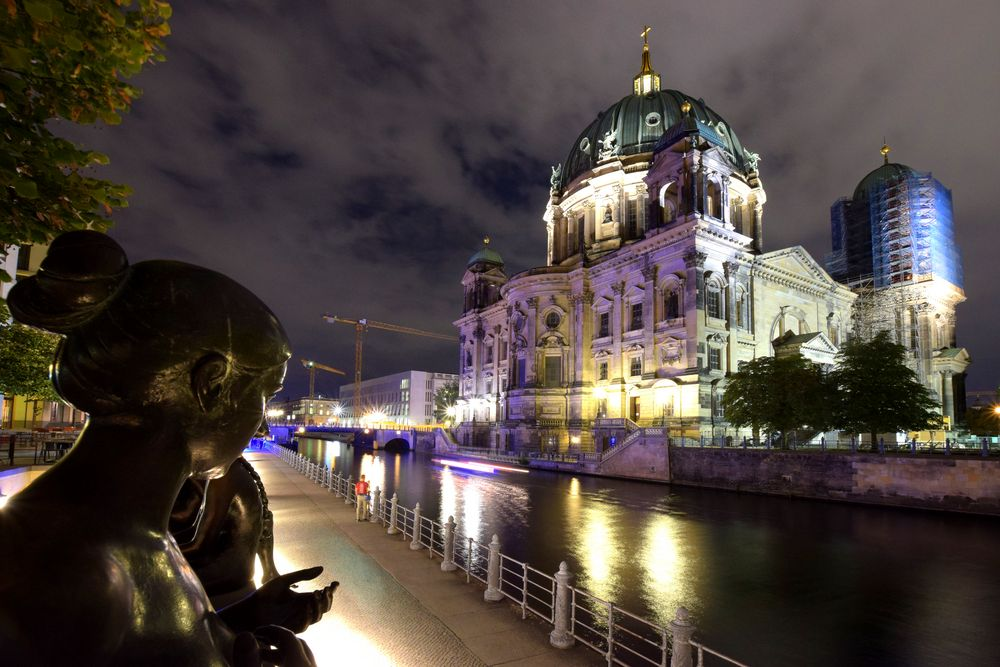 Berliner Dom von Hinten