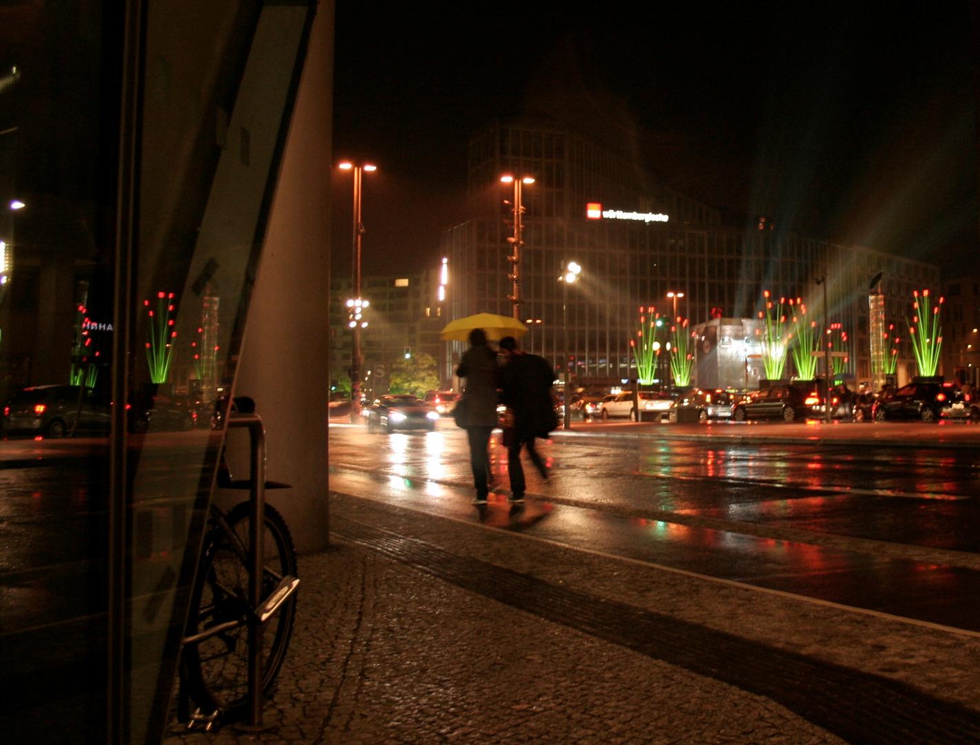 Berliner Festival of Lights im Regen - Potsdamer Platz