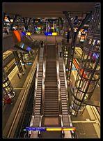 Berliner Hauptbahnhof inside /2.