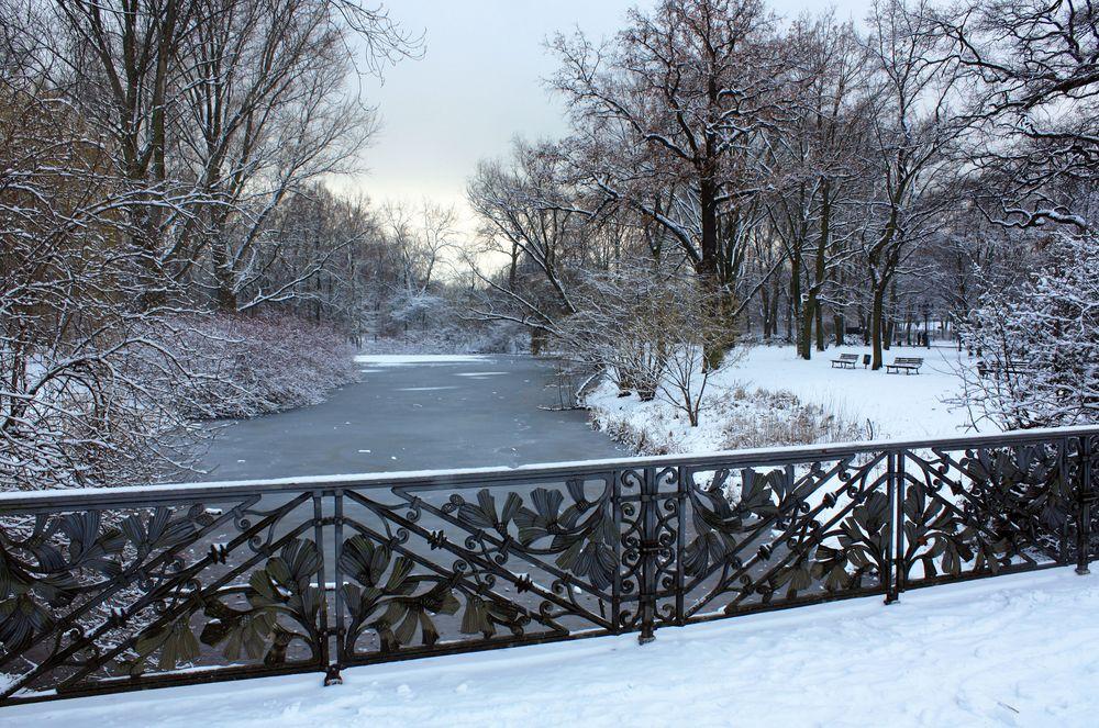 Berliner Tiergarten verschneit
