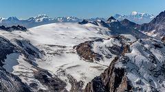 Berner Alpen-Blick ins Wallis und zum Mont Blanc
