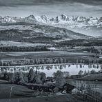 Berner Alpen monochrom