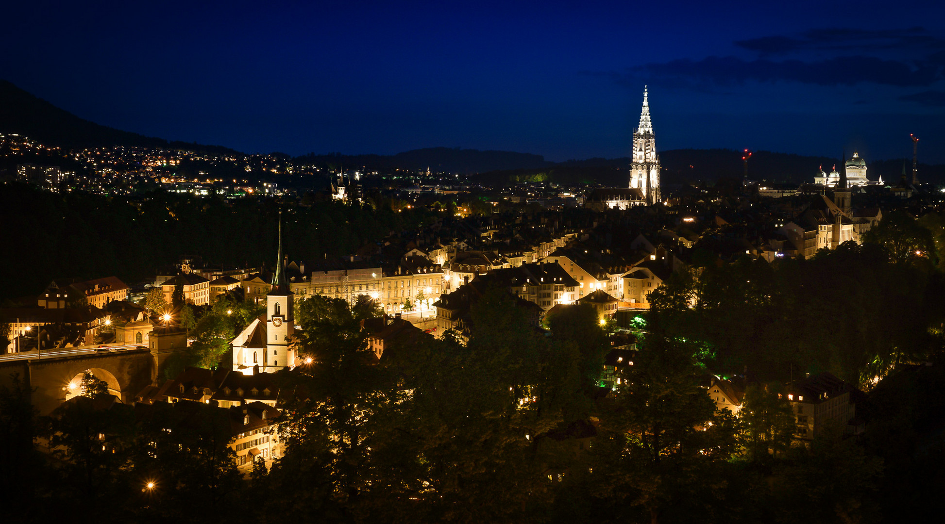 Berner Altstadt bei Nacht