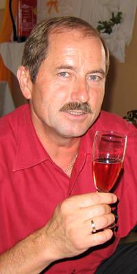 Bernhard L.