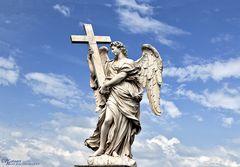 Berninis Statue Engel mit Kreuz