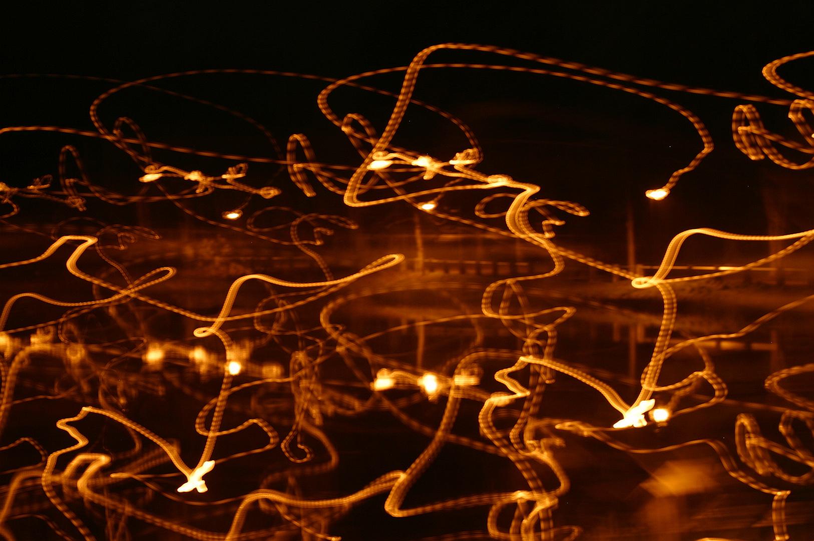 besoffene Glühwürmchen auf Extasy