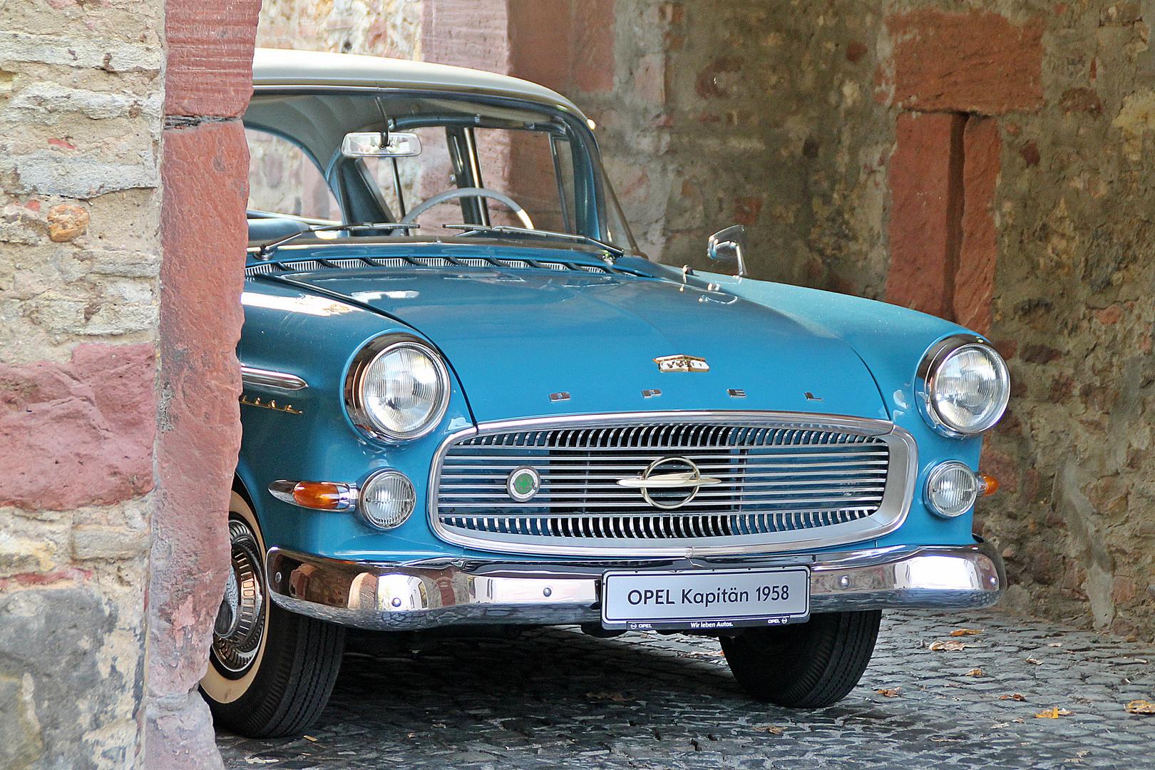Besuch der Opel-Klassik-Werkstatt (8)