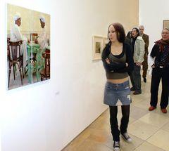 Besucher im Haus der kunst Jan 07