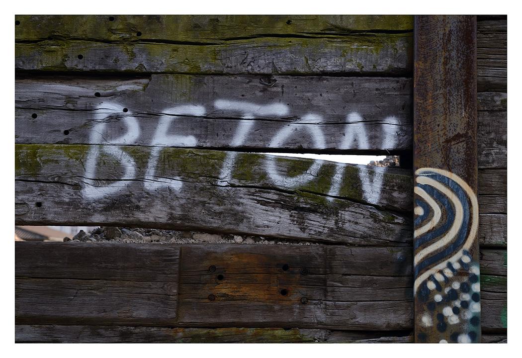 B.E.T.O.N.
