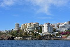 Bettenburgen im Westteil von Funchal auf Madeira