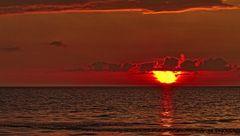 Bevor die Sonne im Meer versinkt