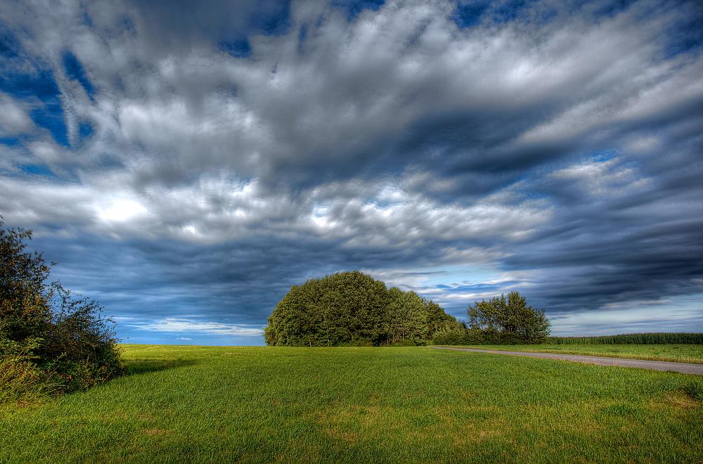 Bewegter Himmel -Stille Heide
