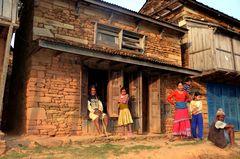 Bewohner von Bungkot vor dem großen Erdbeben