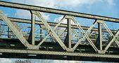 Über diese Brücke von ReDe