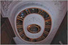 Bibliothek...