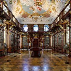 Bibliothek II
