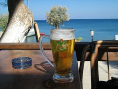 Bier mit Meeresblick