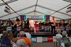 Big Band KENTONMANIA & 8 French Horns feat. Omar Kabir