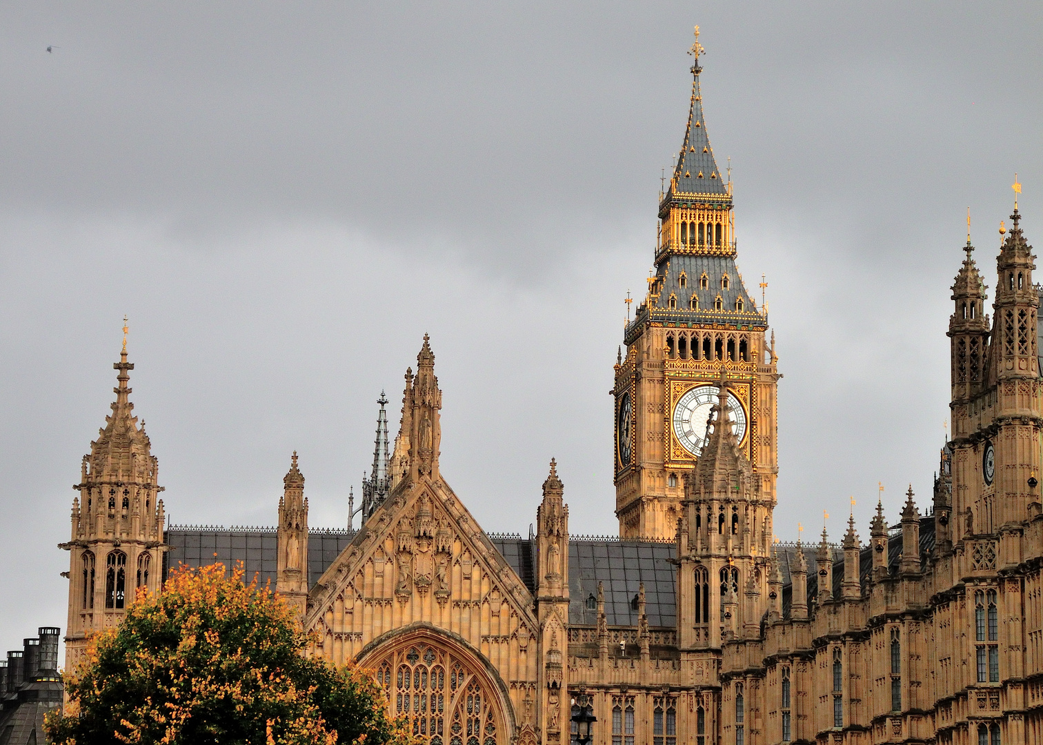 Big Ben and House of Parlament