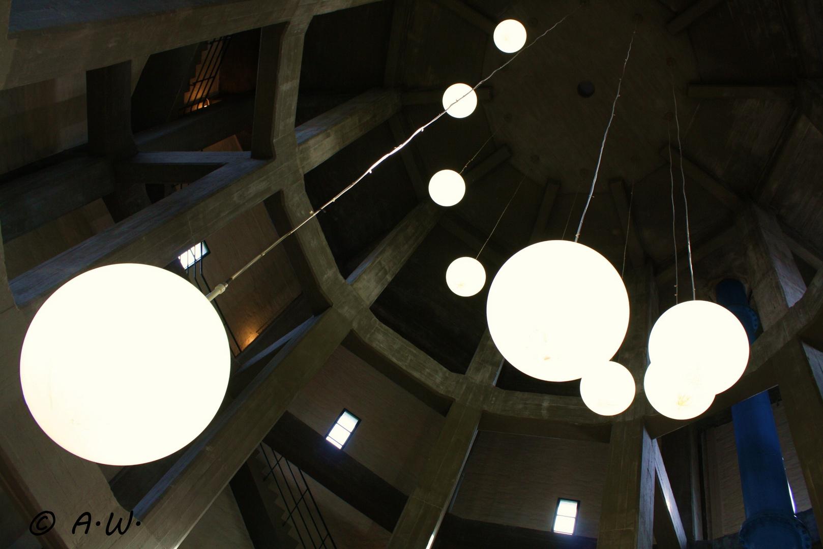 Big round lights