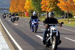 Biker im Herbst