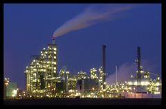 Billige Effekthascherei: Hier die Leuna Raffinerie (reload)