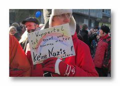 Bis zu 5000 Demonstranten protestierten in Elberfeld gegen den Aufmarsch der Rechtsextremen.