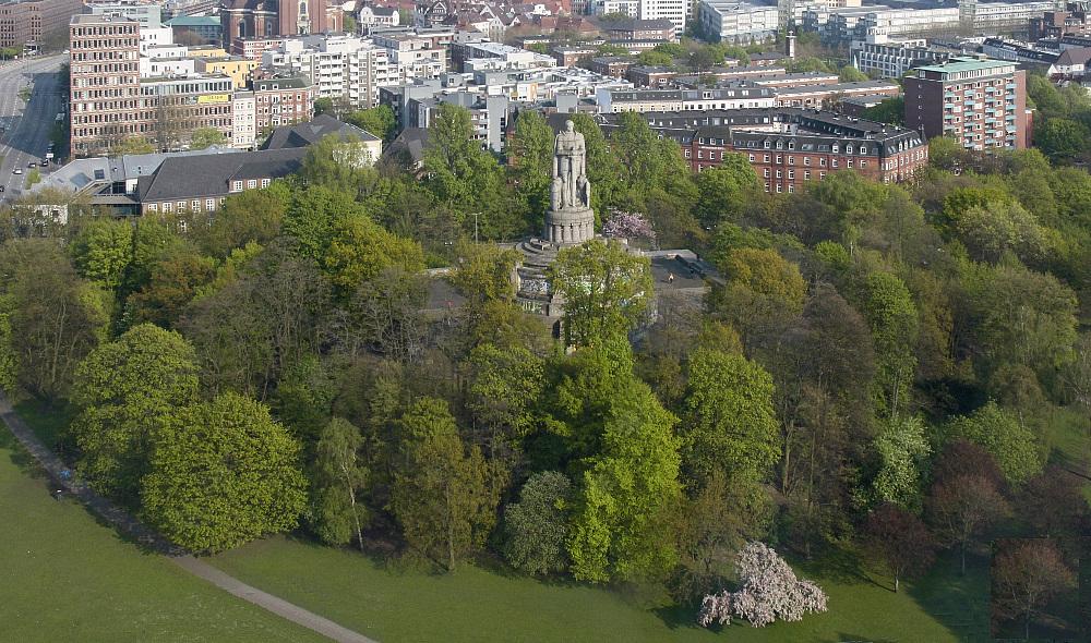 Bismarck-Denkmal [von oben]