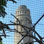 Bismarckturm hinter Gittern