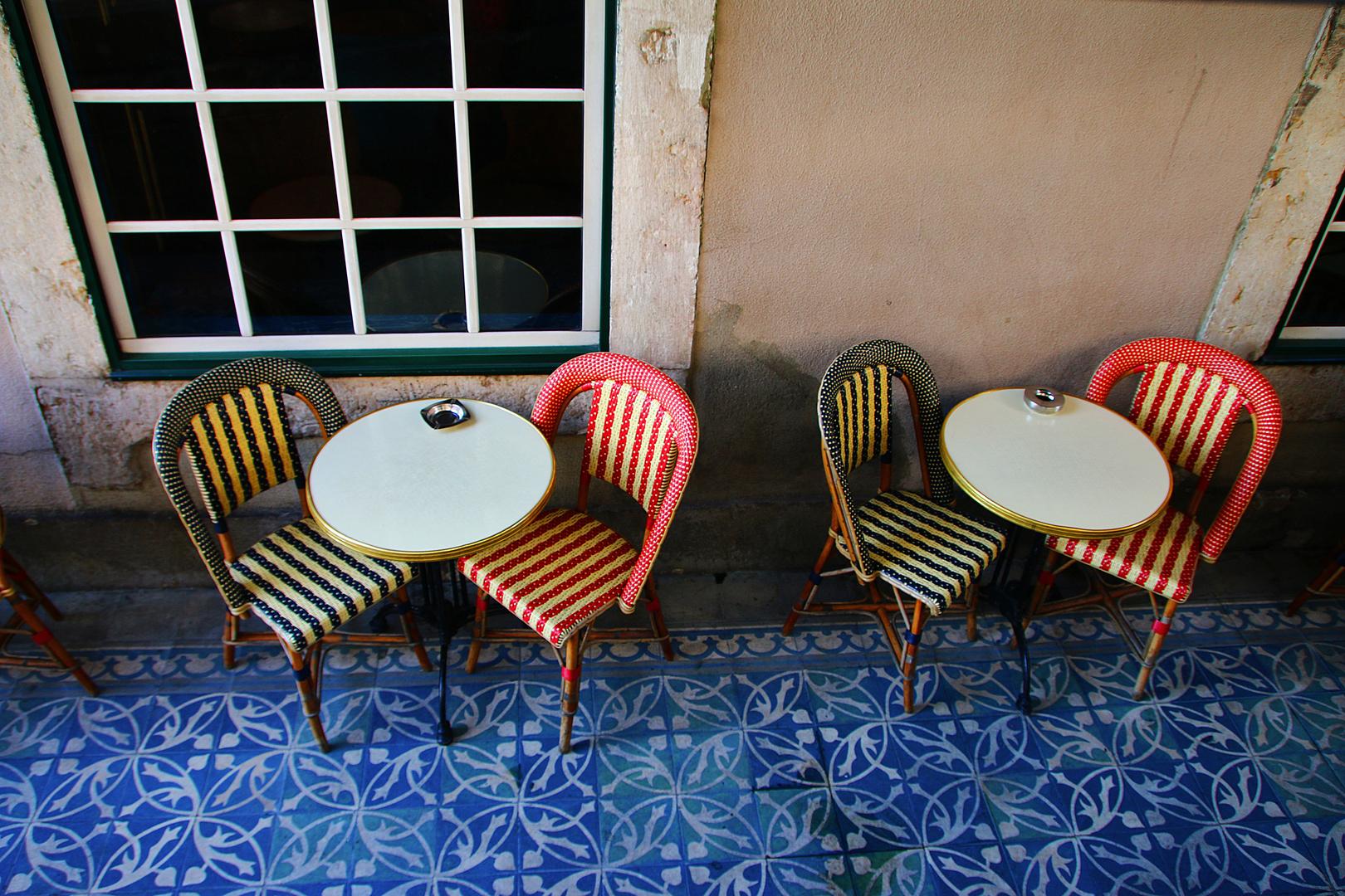 bitte nehmen sie platz foto bild world retro stillleben bilder auf fotocommunity. Black Bedroom Furniture Sets. Home Design Ideas