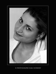 black & white Alrun 2