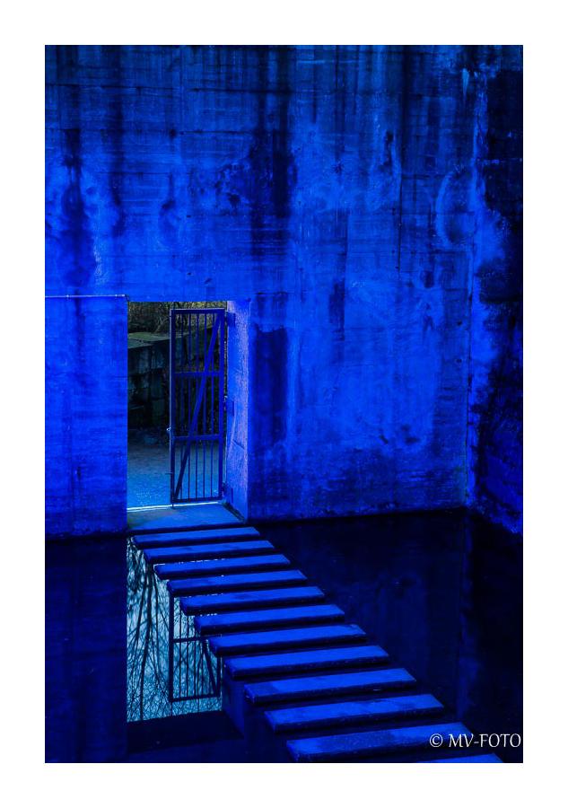 Blau 2 - Spiegelung