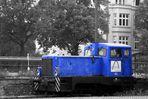 blau VII