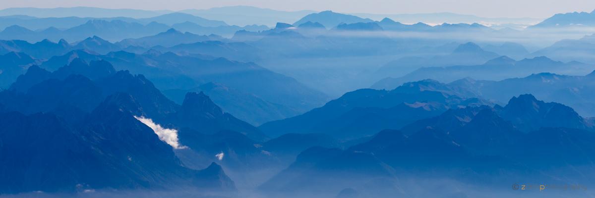 Blaue Berge II