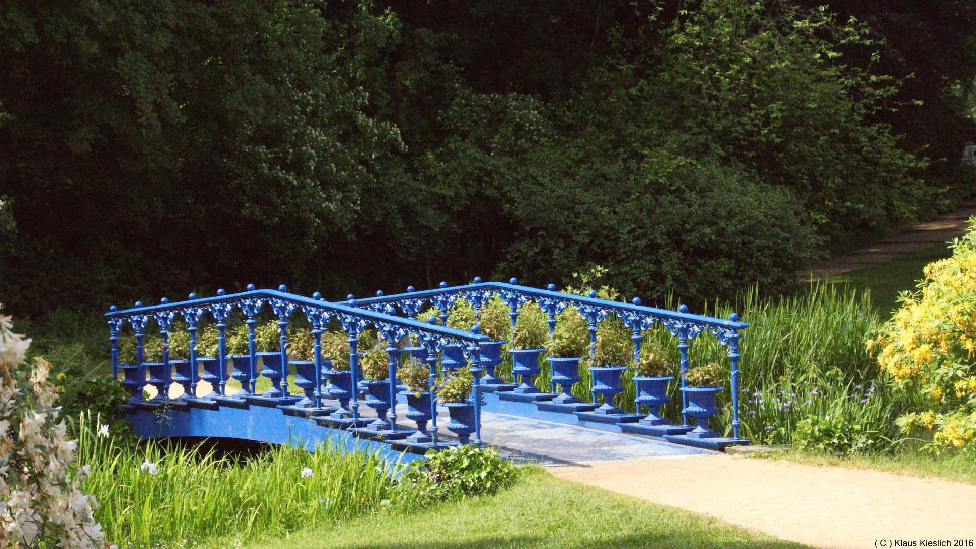 Blaue Brücke im Fürst-Pückler-Park Bad Muskau