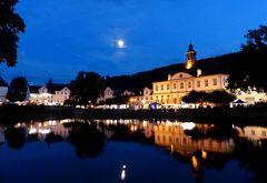 blaue Nacht am Hafen