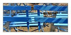 Blaue Stühle in Aix en Provence