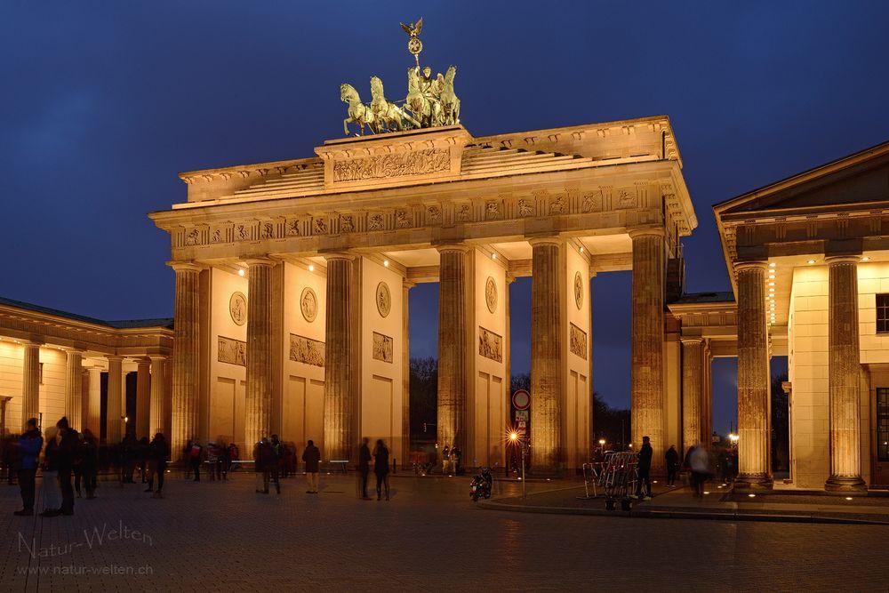 Blaue Stunde am Brandenburger Tor
