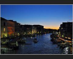 Blaue Stunde am Canal Grande