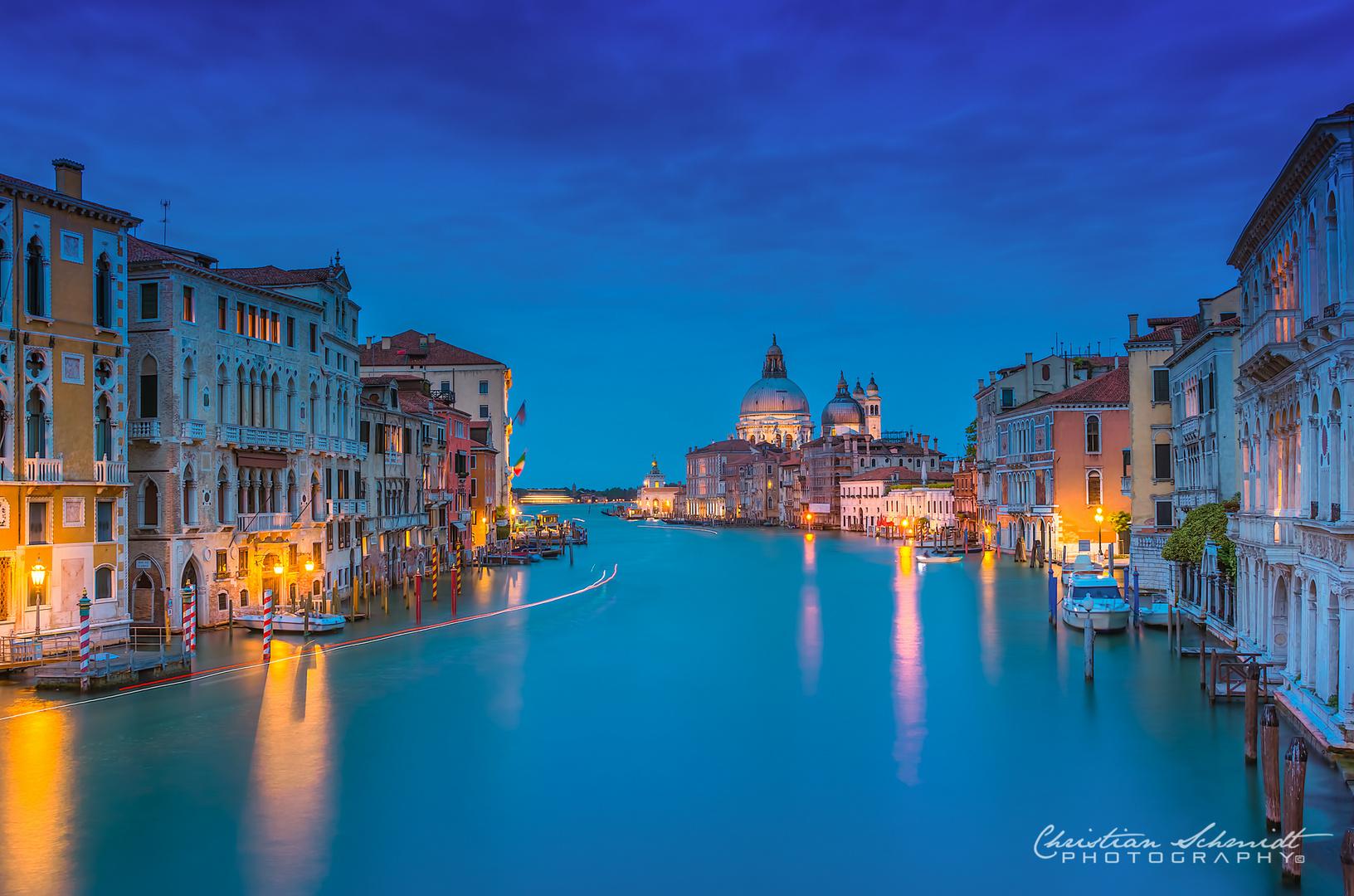 Blaue Stunde am Canale Grande
